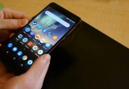 Nokia 6.1. Dá se snad střední třída udělat lépe?