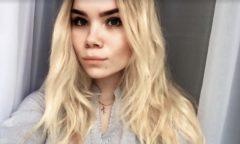 Dívka z Ruska zemřela poté, co jí do vany spadl iPhone připojený k nabíječce