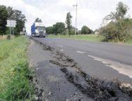 Silnice 1/68 v Třinecké části Nebory je opět průjezdná. Firma opravila poškozený úsek